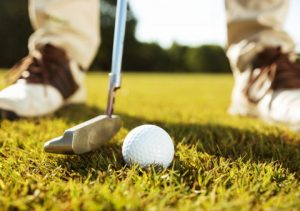 How to play golf? Game rules for beginners.