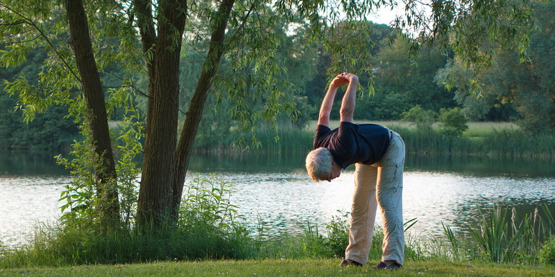 golf stretches for seniors