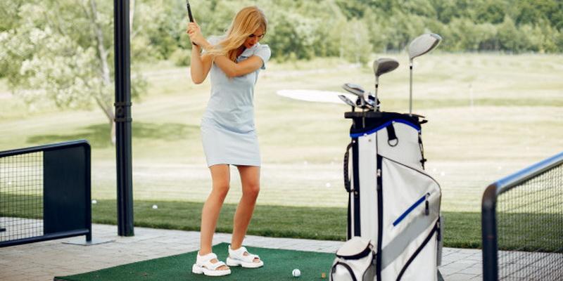 Golfer - how to choose the best golf balls for women