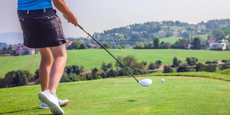 female professional golfer